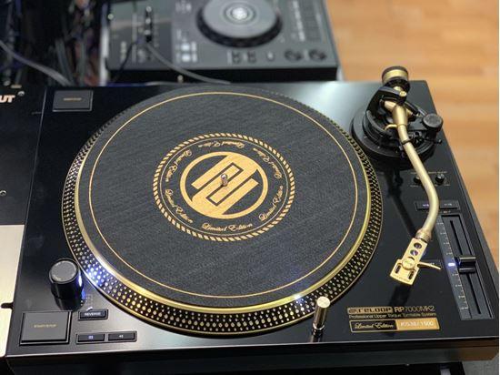 Immagine di RELOOP RP-7000 MK2 GLD Gold - Limited Edition - ex-demo coppia